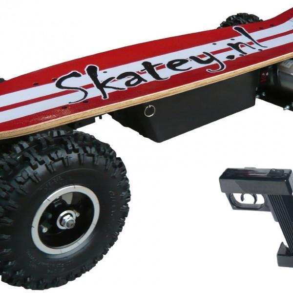 Skatey – 800-B R/W